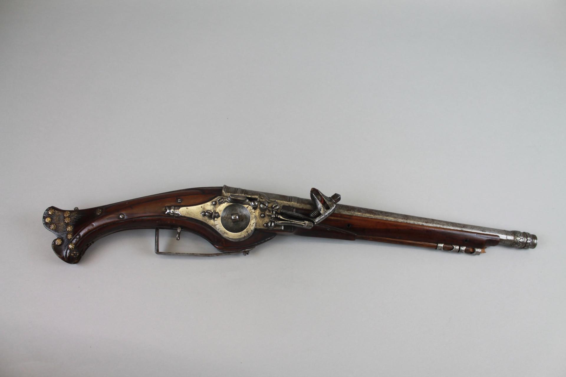 French Kings Gun