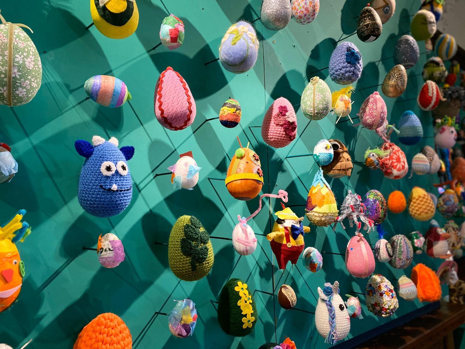 Eggs 8
