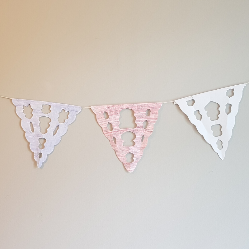 VE Day lace bunting